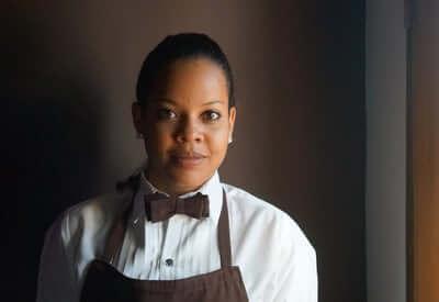A waiteress