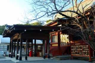 とある神社の冬の外観