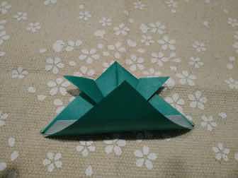 折り紙・兜の折り方⑧