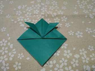 折り紙・兜の折り方⑤