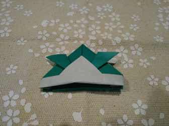 折り紙・兜の折り方11ー2