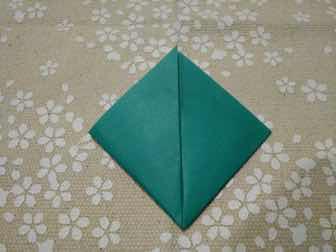 折り紙・兜の折り方②ー2