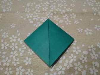 折り紙・兜の折り方③