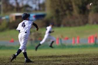 野球のリトルリーグの子供達